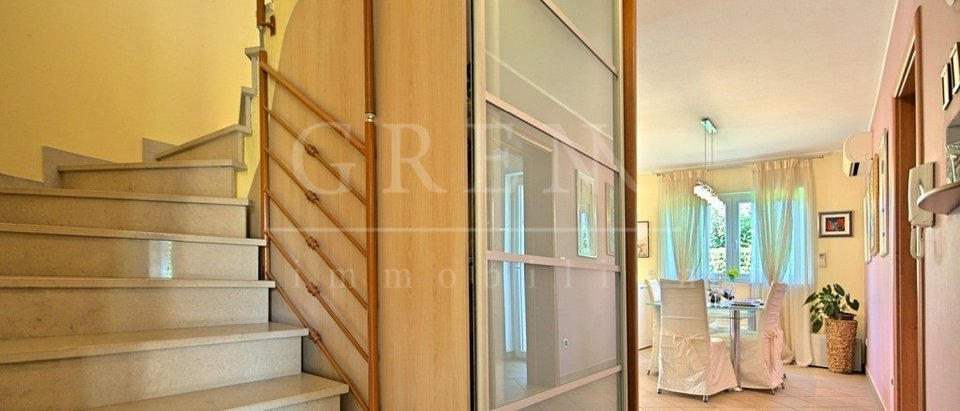 House, 200 m2, For Sale, Poreč