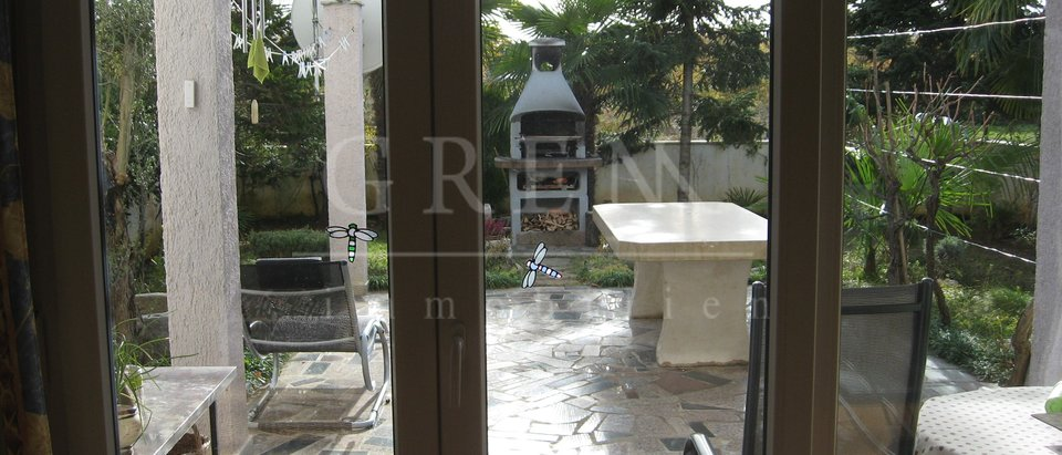 Apartment on the ground floor 1000 m from the sea Poreč