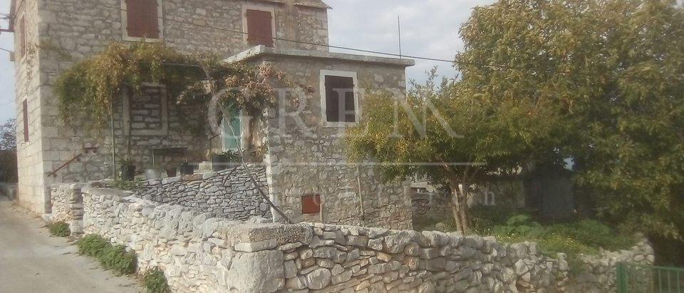 Hiša, 120 m2, Prodaja, Mirca