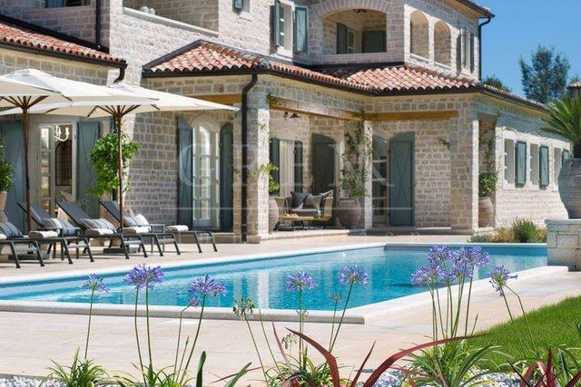 Luxus villa mit Schwimmbad
