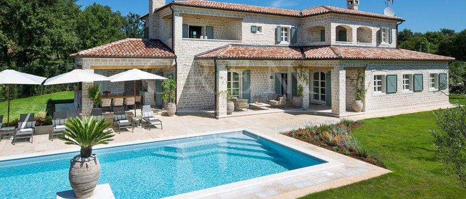 Hiša, 372 m2, Prodaja, Poreč