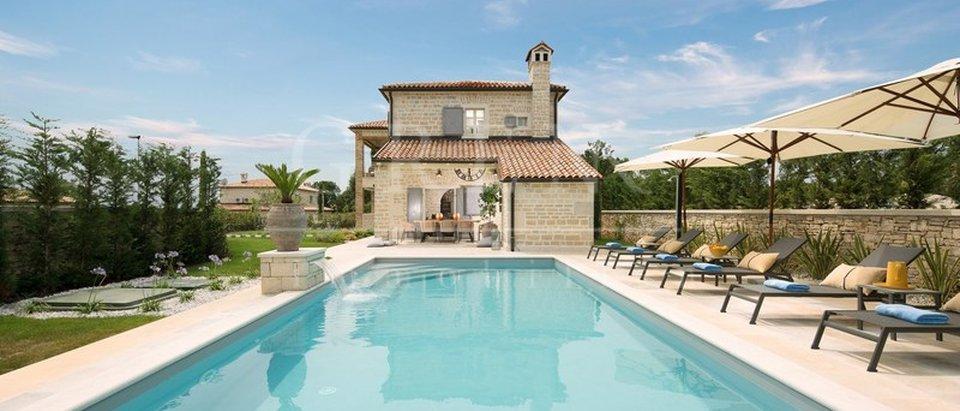 Schone villa mit schwimmbad