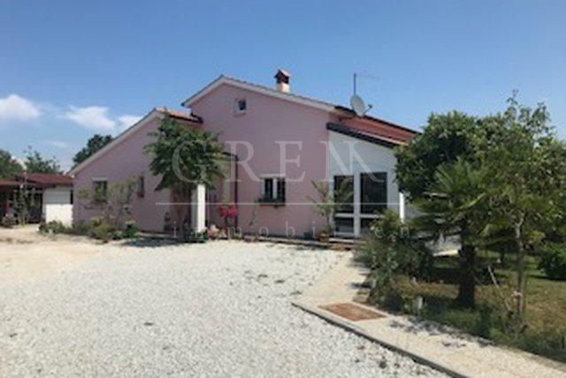 Hiša, 149 m2, Prodaja, Poreč