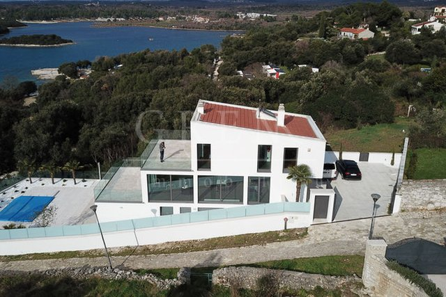 House, 324 m2, For Sale, Vrsar - Funtana