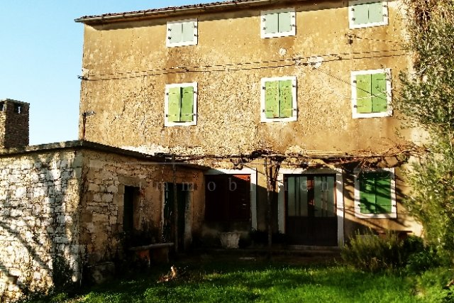 House, 150 m2, For Sale, Poreč