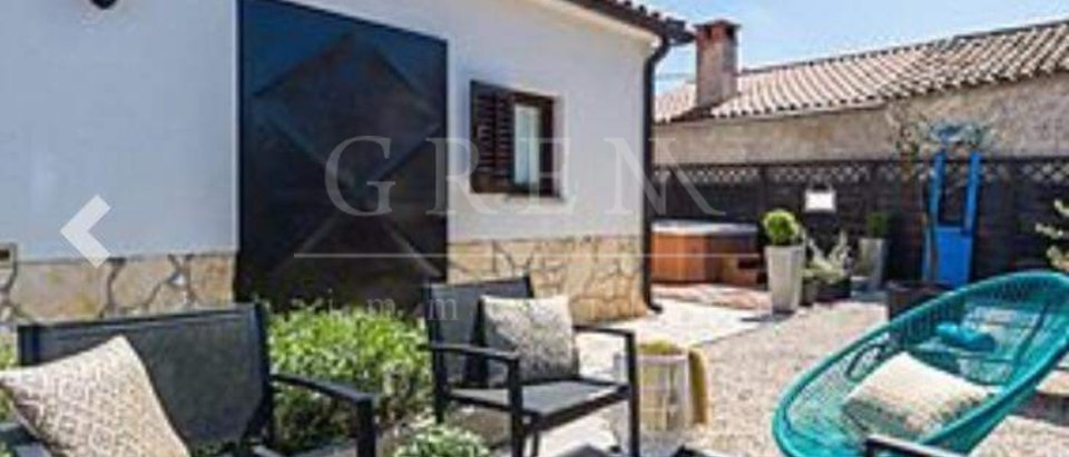 House, 120 m2, For Sale, Poreč