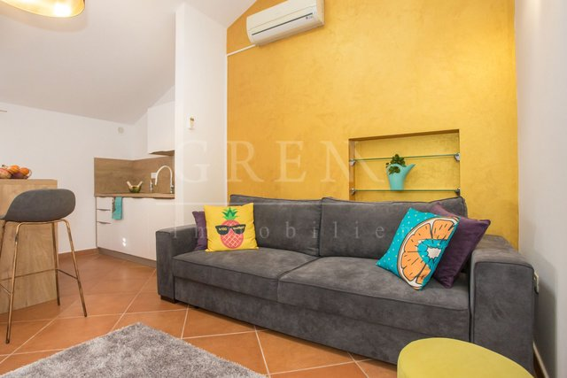 Apartment, 38 m2, For Rent, Poreč