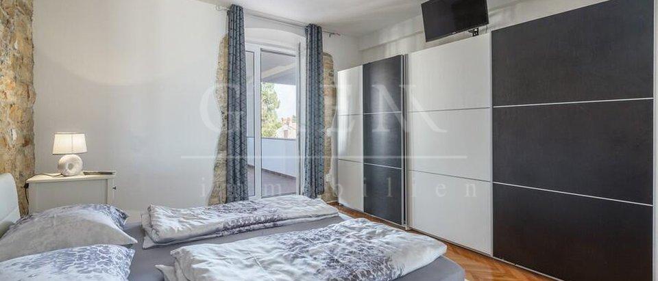 Apartment, 250 m2, For Sale, Poreč