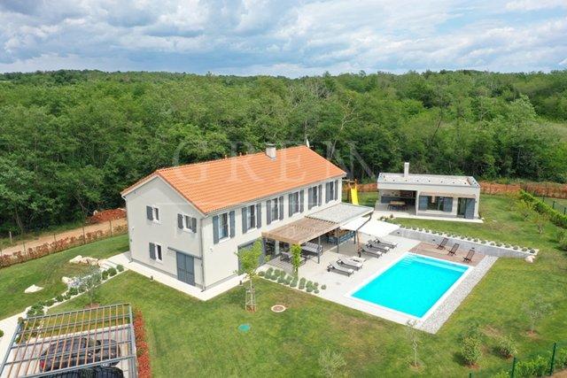 Holiday home with swimming pool, Poreč 14 km, Istria, Croatia