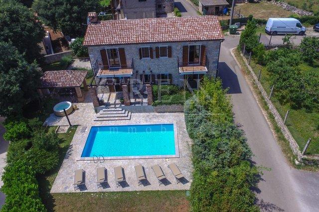 House, 156 m2, For Sale, Poreč