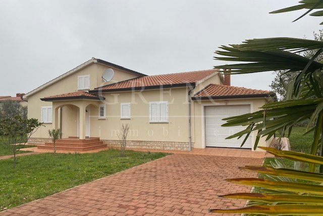 Nice ground floor house with a large garden and garage