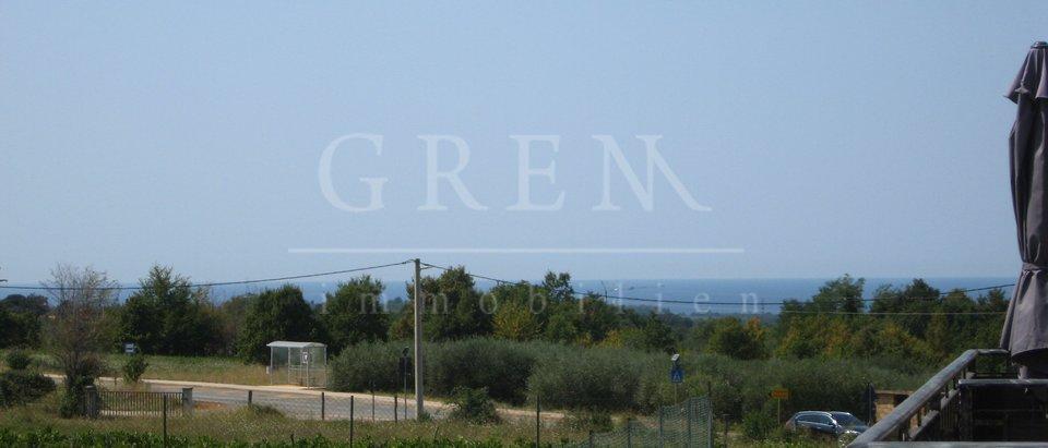 App 4 km from Porec sea view