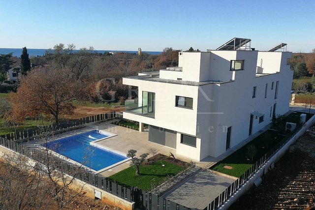 MODERN DUPLEX HOUSE ON A TOP LOCATION IN POREČ!